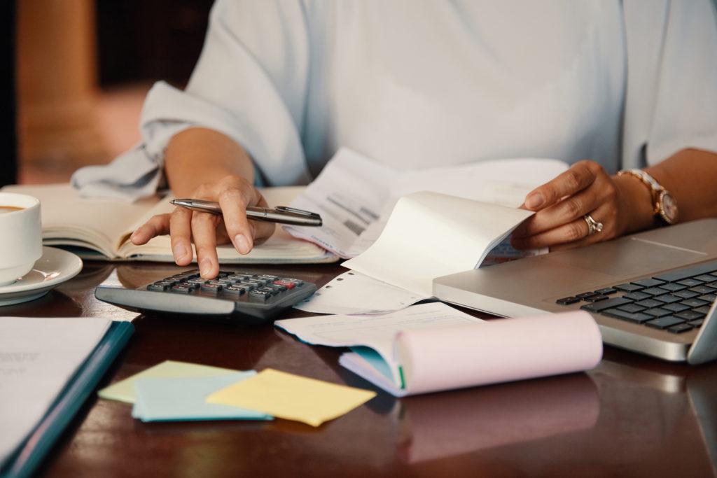 asesor contable almería